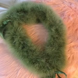 Precious fluffy green furry neck wrap